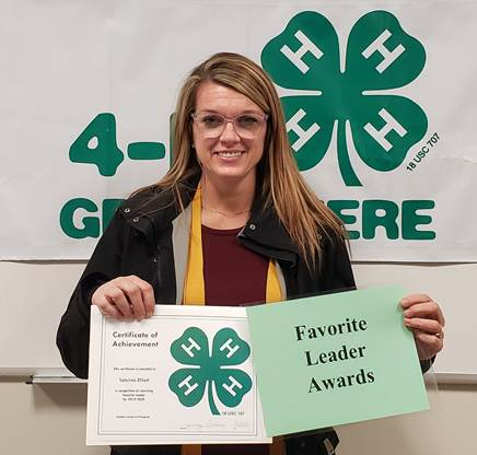 download 3 - Steuben County 4-H Members and Volunteers Receive Awards